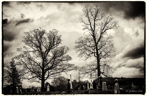 storm cemetery rain clouds may maryland tombstones frostburg alleganycounty ef70300mmf456isusm canoneos6d