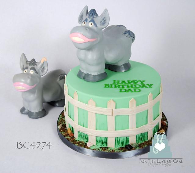Bc4274-toy-donkey-birthday-cake-toronto-oakville