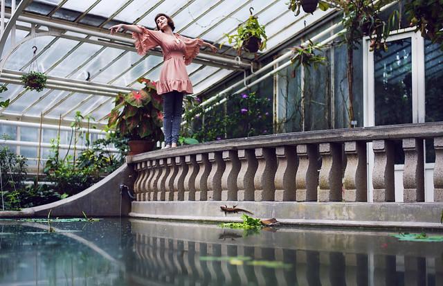 greenhouse-dancing