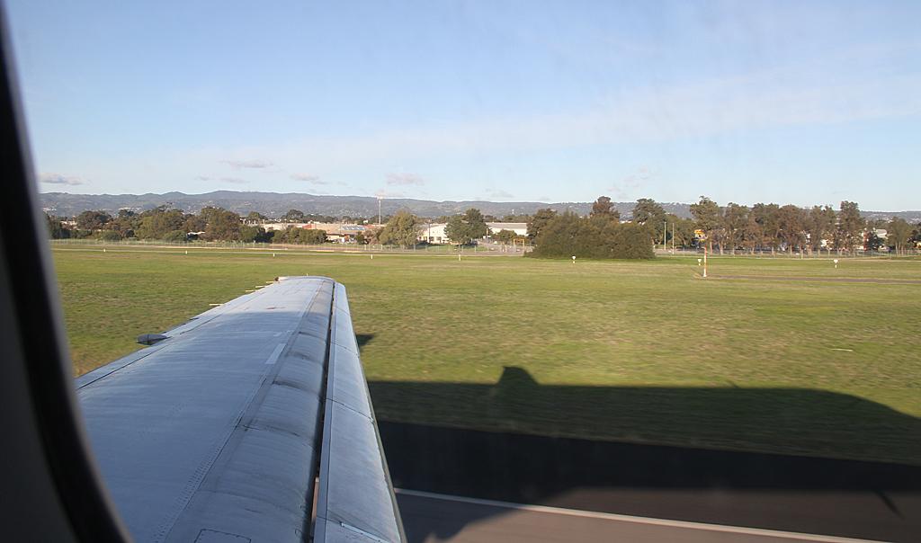 Qantaslink717-23S-VH-NXE-102
