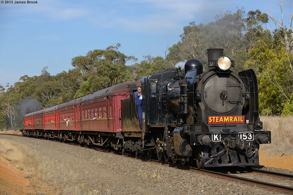 K153 between Yendon and Navigators with 8173 by James Brook