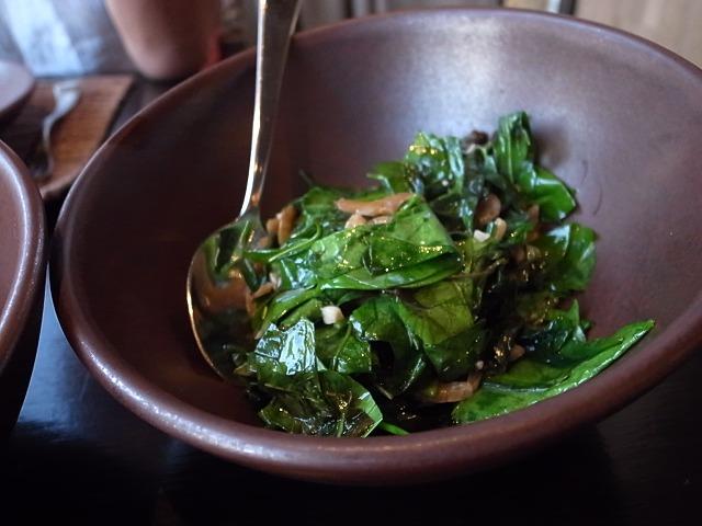 <p>i)Phad Meamg Goong Sieb<br /> 乾燥小エビとホウレンソウの炒め物</p>