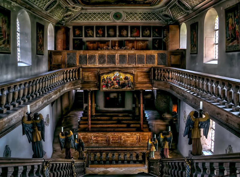 Dreiseitig geschlossene Chorkapellen über der heiligen Stiege in Bad Tölz -- Three sides closed chapels above the holy stairs in Bad Toelz