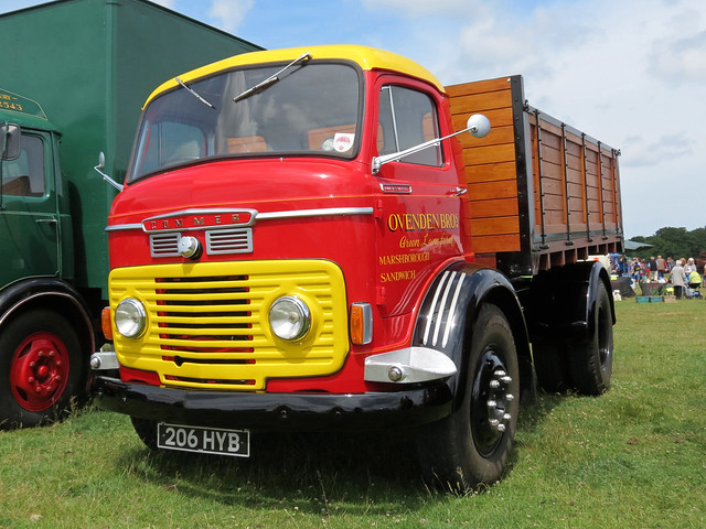 206HYB Commer Ovenden Dropside Lorry