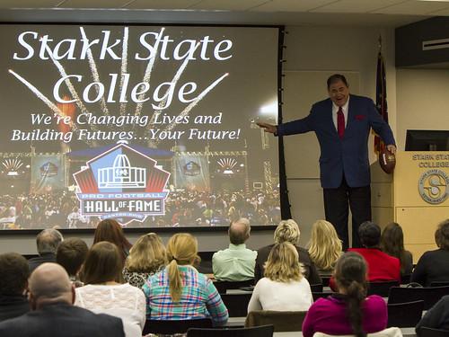 David Baker visits Stark State