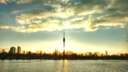 Alte Donau | by NoDurians
