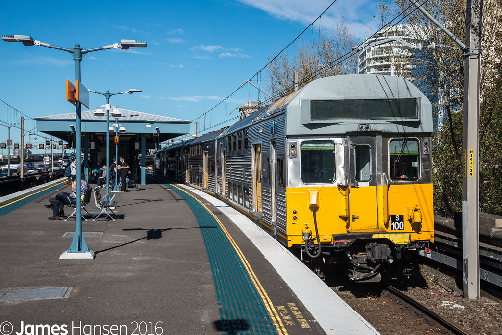 S100 passing Milsons Point by James Hansen