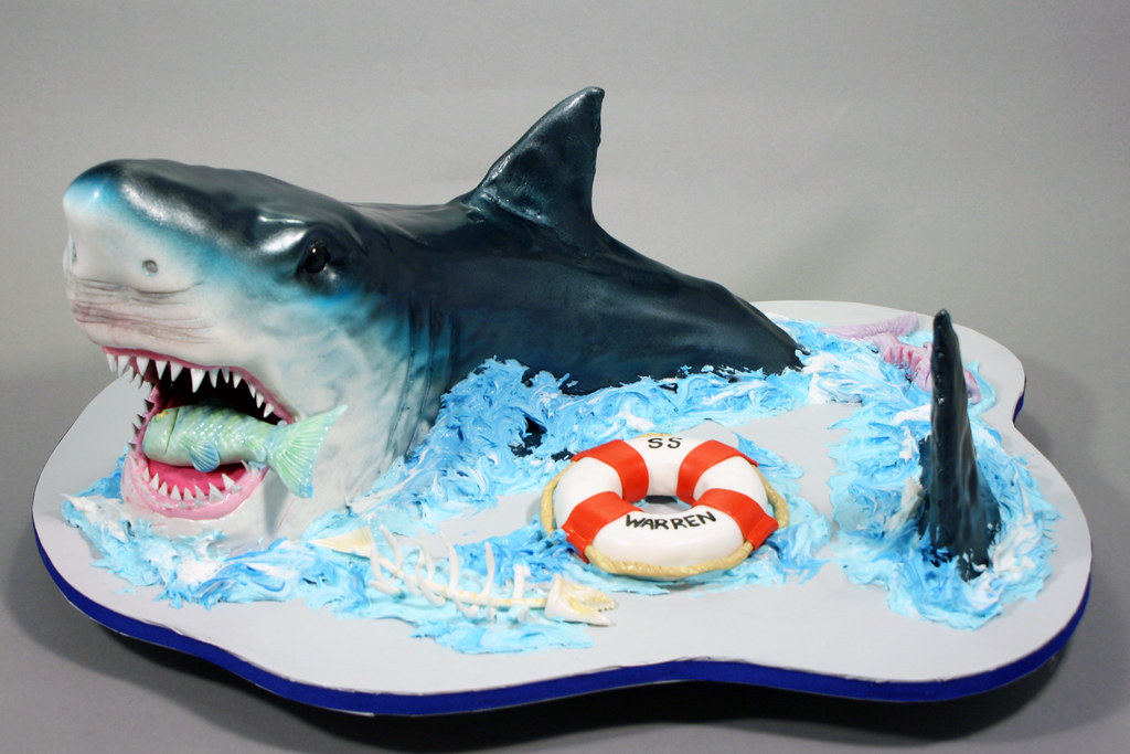 Remarkable Circling Shark Birthday Cake Decorated In Buttercream Fon Flickr Funny Birthday Cards Online Fluifree Goldxyz