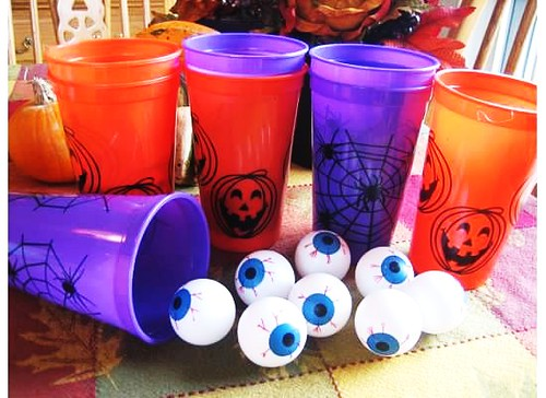 Halloween Eyeball Toss Party Game | by Kid's Birthday Parties