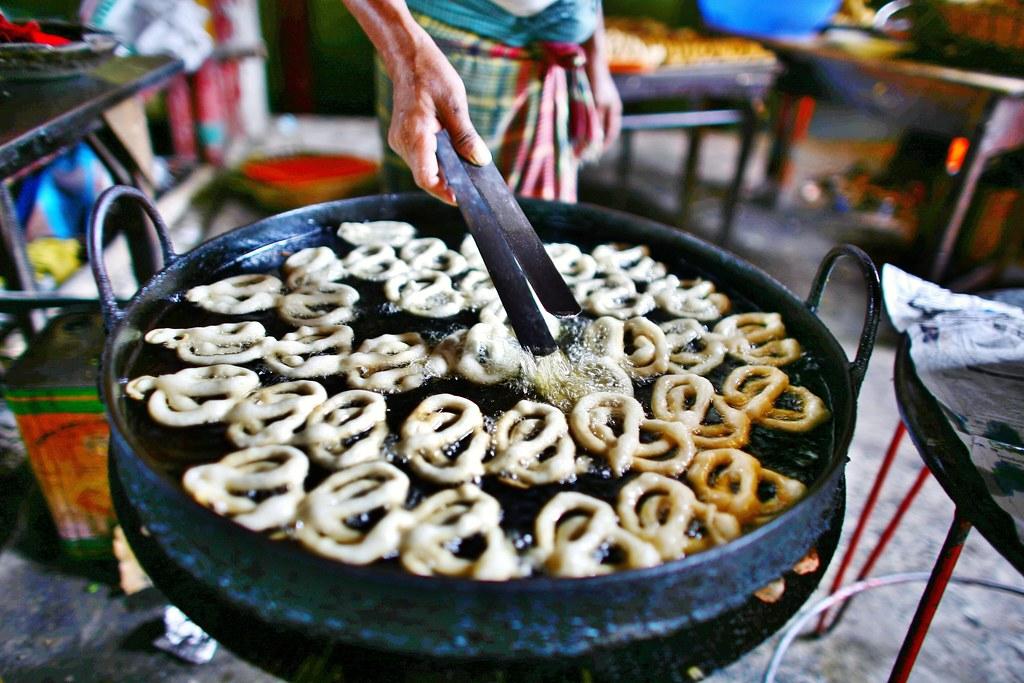 Jalebi making