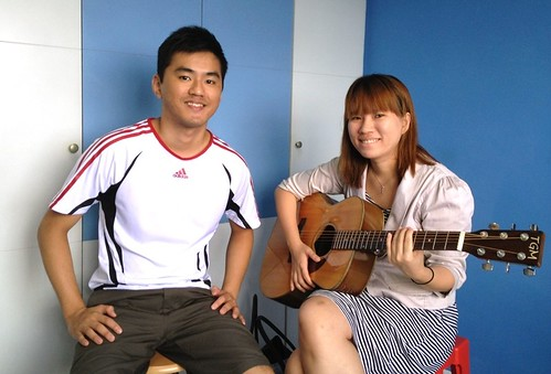 Beginner guitar lessons Singapore Yan Ting