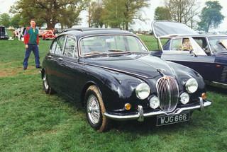Jaguar 240/340 - WJG 666 | The face-lifted mk.2 Jag became t… | Flickr