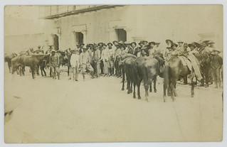 [General Pablo Gonzalez with Constitutionalist Soldiers]