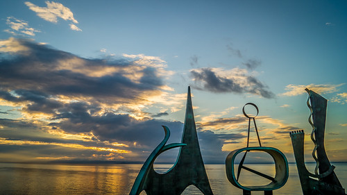 sunset sea sculpture seascape art water clouds landscape evening scotland peaceful calm eastlothian prestonpans