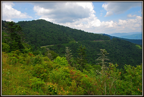 sky clouds nc northcarolina explore blueridgeparkway waterrockknob plottbalsams nikkor1685vr