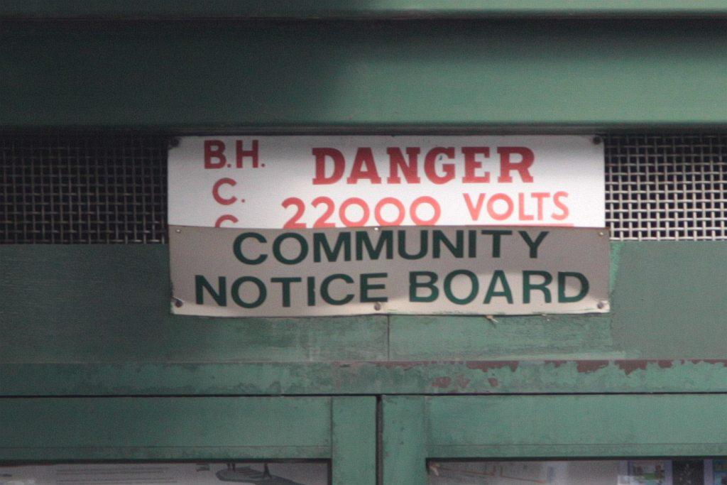 Box Hill City Council' 'DANGER 22000 VOLTS' warning sign … | Flickr