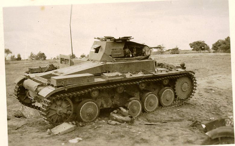 destroyed and battle damaged AFV photos_1_20