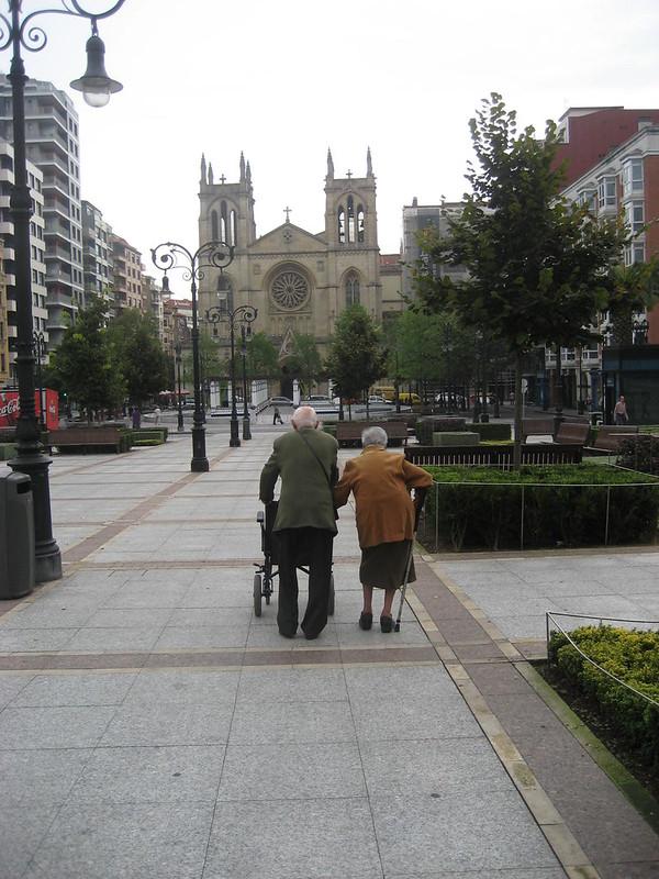 Paseo de ancianos
