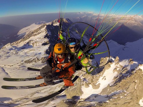 Paramotor - SPORTS AND SENSATION SEEKING activities in Val