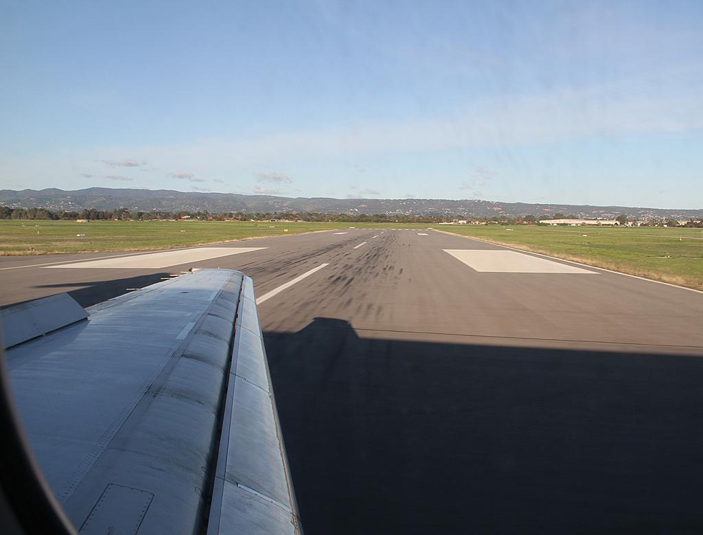 Qantaslink717-23S-VH-NXE-106