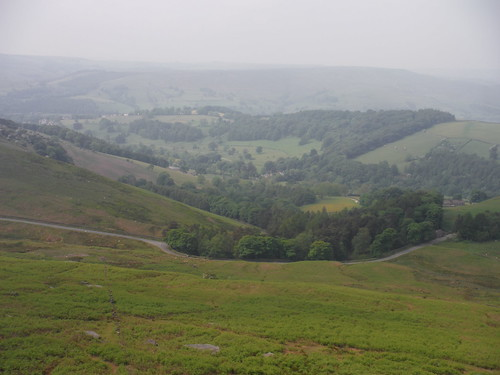 Into the Valley, Stanage Edge SWC Walk 266 - Sheffield to Bamford (via Burbage Rocks and Stanage Edge) or to Moscar Lodge