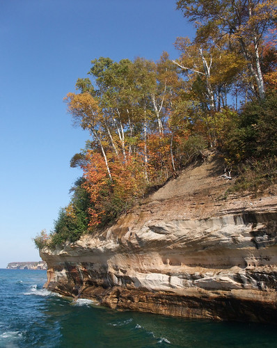 Pictured Rocks National Lakeshore | by NOAA Great Lakes Environmental Research Laboratory