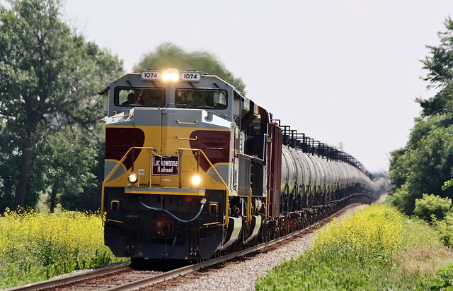 NS 1074 West in Waterman,Illinois on July 6,2013.