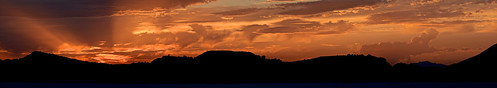 sunset spain silhouettes cloudformation lightrays redskyatnight mountainranges holiday2013