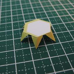 วิธีการทำโมเดลกระดาษเป็นสตอเบอรี่สีแดง 012