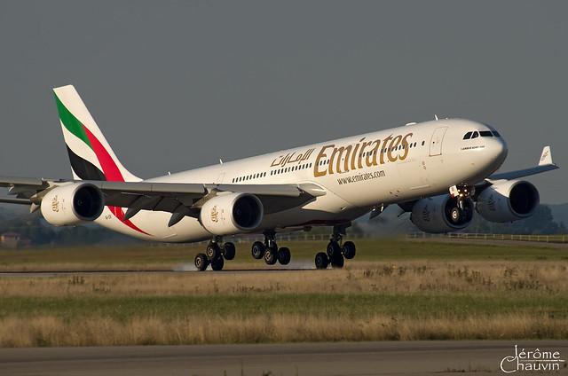 A340-500 Emirates LYS le 16/08/2013