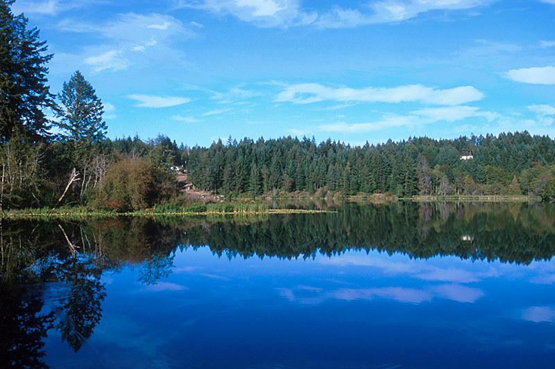 Holden Lake, Nanaimo, Vancouver Island, British Columbia, Canada