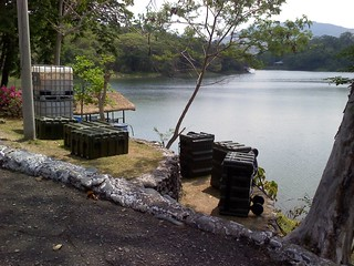 Shoulder-to-shoulder: U.S., Filipino Soldiers train to purify water