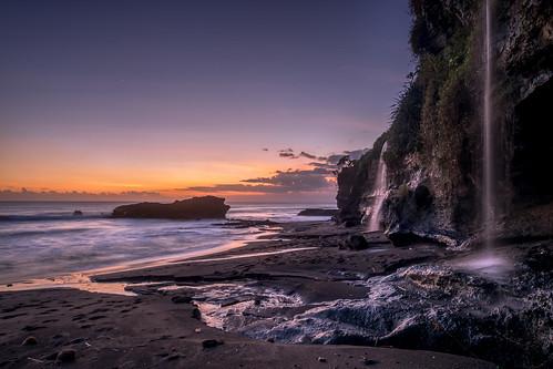 sea vacation sky bali sun beach nature water colors waves waterfalls shore tanahlot eveningglow traval