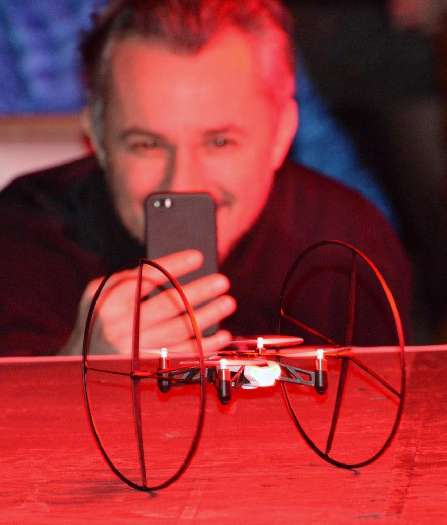 Living in Digital Times 2014 Robotics on the Runway 16