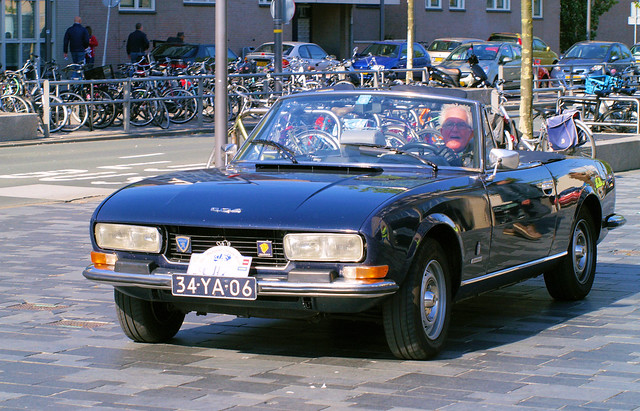 1975 Peugeot 504 Cabriolet,  Midland Classic Show - Almere