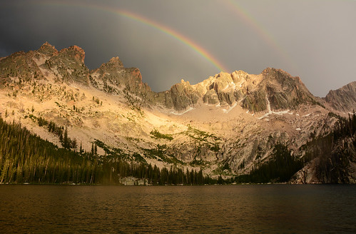 sunset rainbow cloudy idaho backpacking sawtoothmountains sawtoothwilderness uppercramerlake