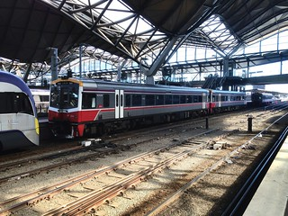 7005 and 7021 sprinters wait to depart southern cross for Seymour | by NR1984