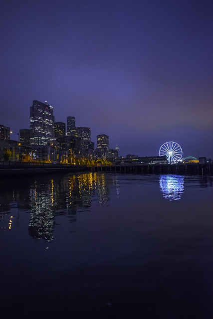 Seattle Blue Hour Reflecting 4858