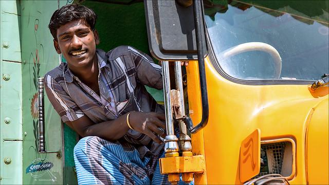 லாரி ஓட்டுனர் • Madurai