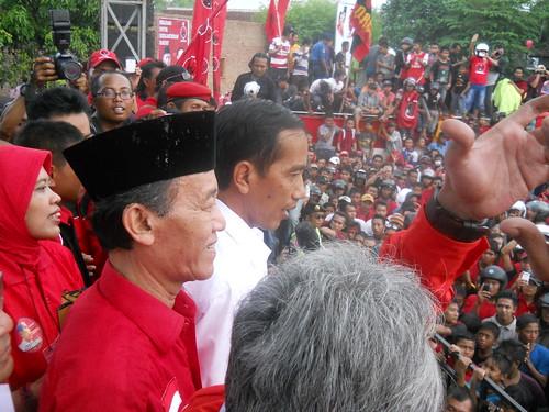 Hamka Haq kampanye bersama Jokowi di Jember 4 April 2014 | by hamkahaq