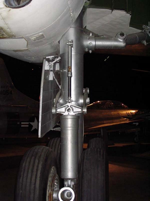 康瓦尔 B-36 和平缔造者 6