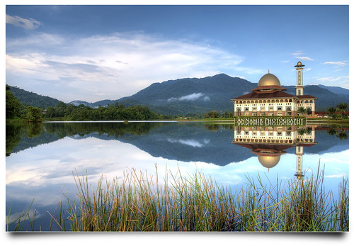 reflection photoshop landscape nikon islam mosque serenity malaysia handheld getty tamron hdr masjid gi gettyimages mesjid 17mm photomatix tonemapping 5exposures tenang huluselangor d300s annamir hdrworldmalaysia annamir2u mygearandme ustazannamir vigilantphotographersunite
