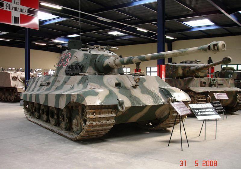 PzKpfw VI Ausf.B -Tiger II  (4)
