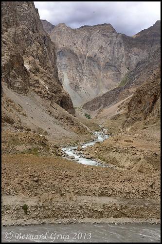 The road portion ends there, Afghanistan © Bernard Grua 2013 | by Photos de voyages, d'expéditions et de reportages