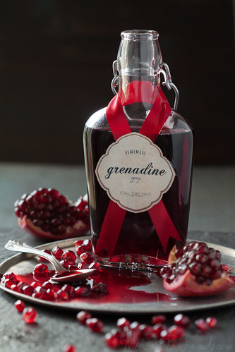 Easy Homemade Grenadine Syrup, and a recipe for Pomegranate Ginger Fizz   by WillCookForFriends