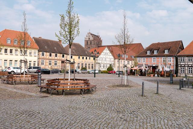 Angermünde: Markt mit Marienkirchturm