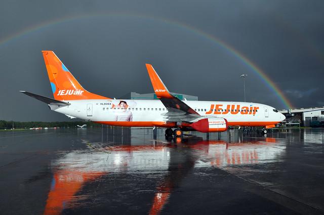 HL-8064  B737-8AS(WL)  JeJu Air