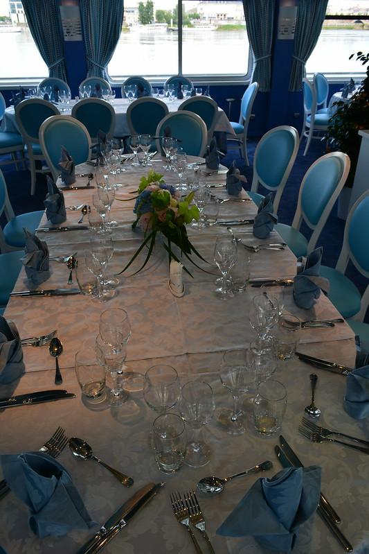 Table du commandant - Visite du MS CYRANO DE BERGERAC - 17 mai 2013 - Bordeaux