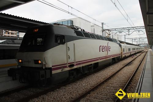 Estación Gijón | by vivireltren