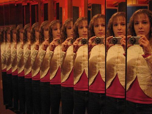 mirror mirror   by arripay